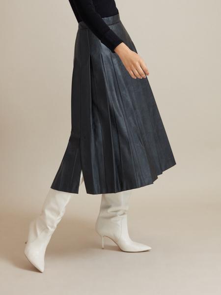 Плиссированная юбка экокожа - фото 3