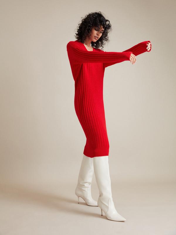 Трикотажное платье с V-образным вырезом - фото 2