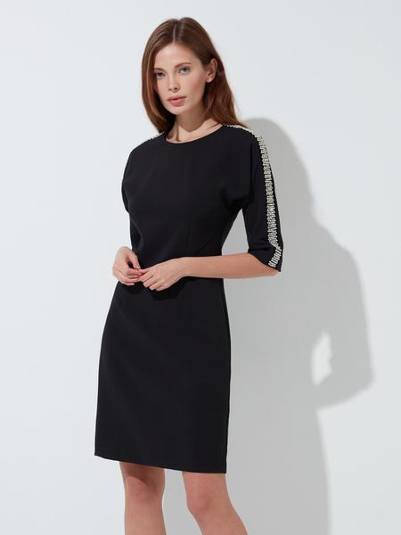 Платье-футляр с пайетками - фото 1