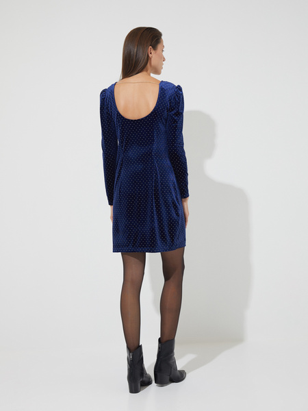 Бархатное платье-мини со стразами - фото 5