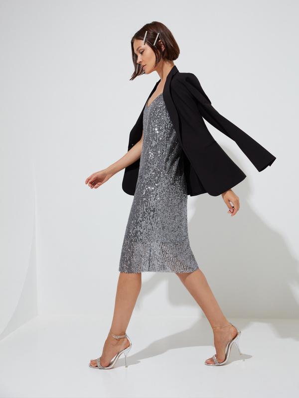 Платье на тонких бретелях с пайетками - фото 5