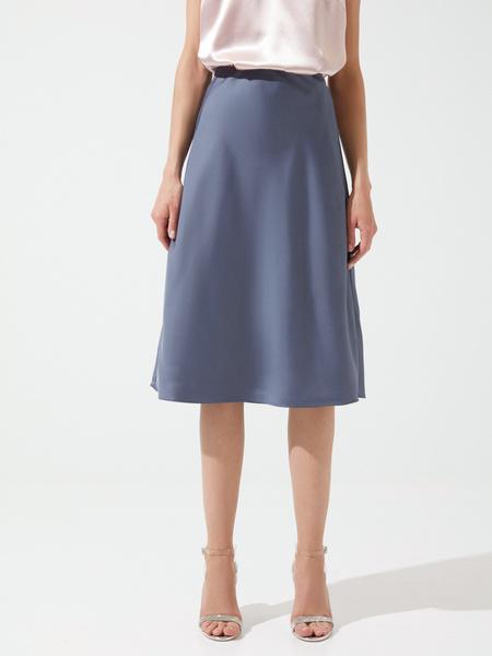 Расклешенная юбка в бельевом стиле - фото 3