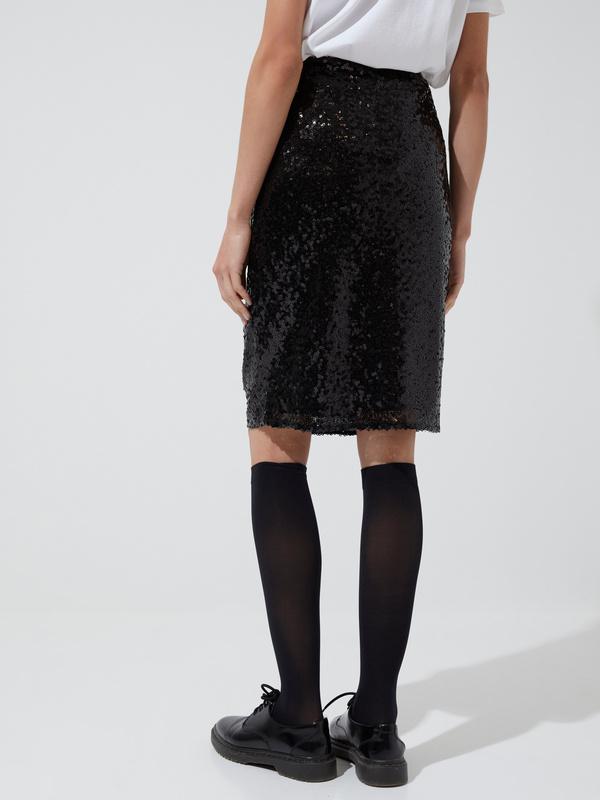 Облегающая юбка с пайетками - фото 4
